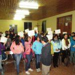 Certificaron a participantes de Taller de Familias Fuertes de Iglesia El Rosario de Curicó