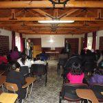Director de Fundación Crate entregó a equipo de Desarrollo Sustentable publicación realizado por los profesionales del área